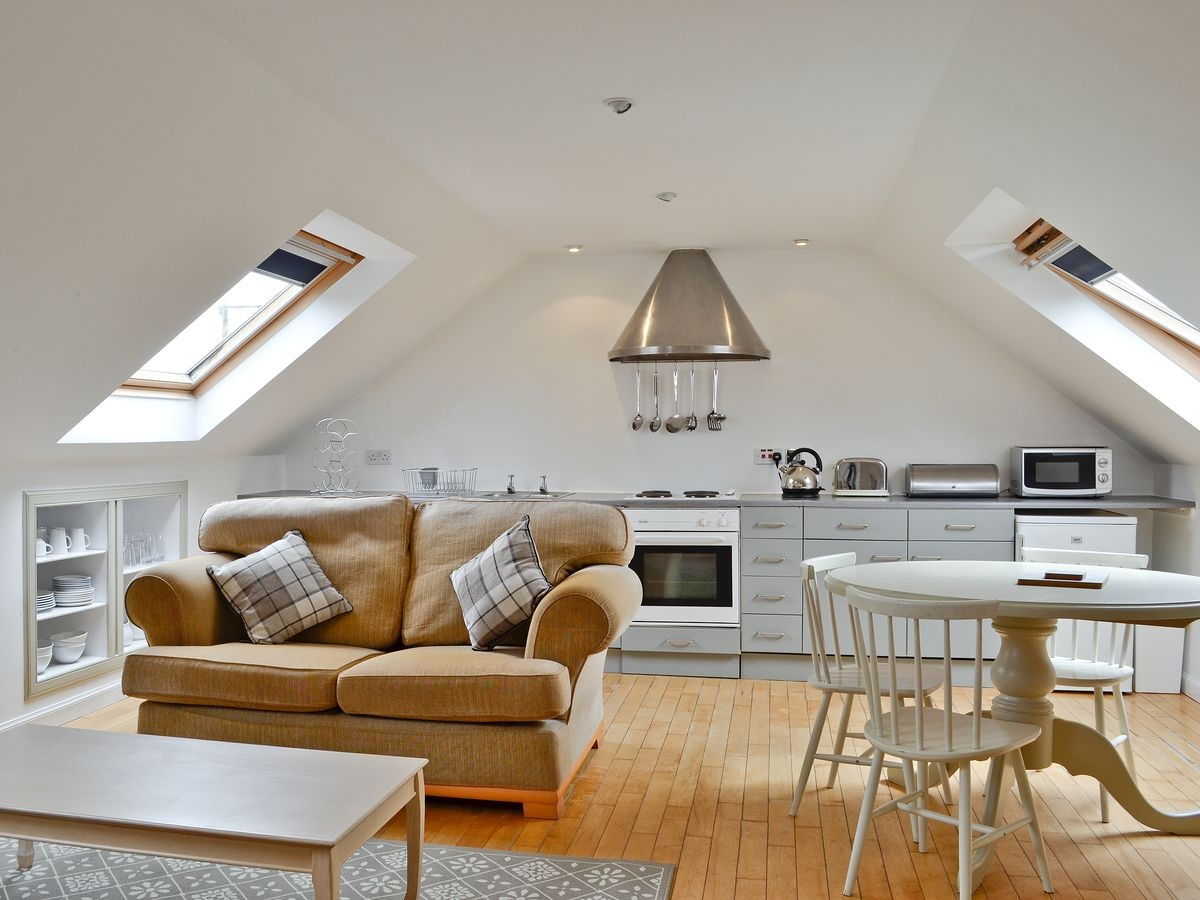 Braeval Kitchen Livingroom